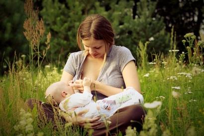 public breastfeedin